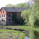Tpliūnų dvaro malūnas. Nuotr. iš wikipedia.org
