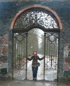 Meilės vartuose.