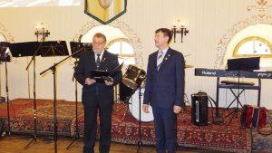 Kalba (iš kairės) asociacijos viceprezidentas V. Slabys ir prezidentas J. Samoška
