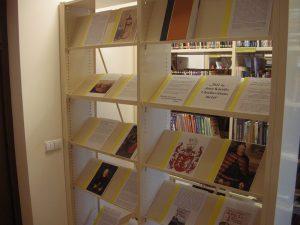 """Rykantų biblioteka, minėdama garsaus valstybės veikėjo metus, parengė parodą """"2021 m. – Jono Karolio Chodkevičiaus metai"""", su kuria virtualiai galima susipažinti Rykantų bibliotekos """"Facebook"""" puslapyje"""