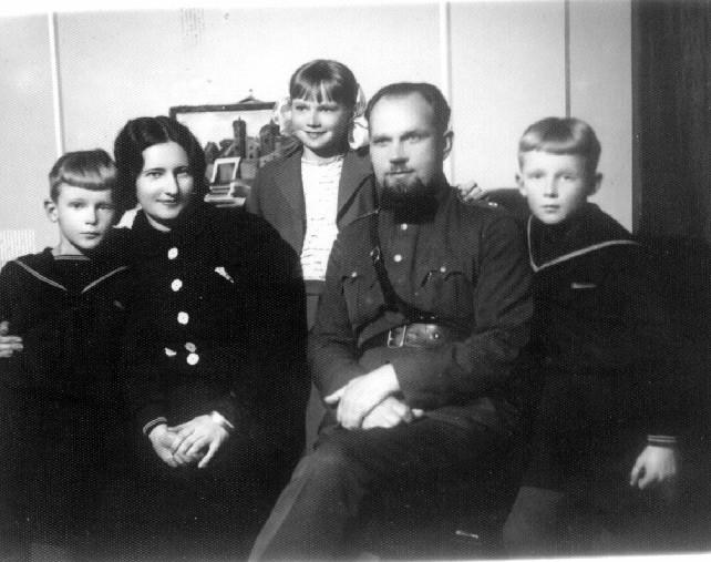 Kazimieras Nasvytis su šeima