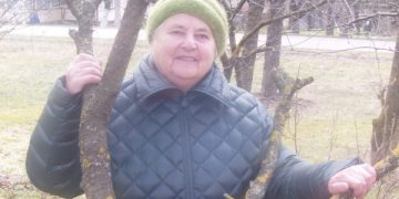 Daug metų buhaltere dirbusi Pranutė Kunčienė išėjusi į pensiją pasižymėjo kaip savamokslė istorikė ir kraštotyrininkė / Broniaus Vertelkos nuotr.