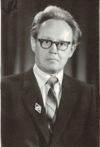 Kruopštusis istorijos mokytojas vilkaviškietis Sigitas Šileika, surinkęs ir palikęs vertingos medžiagos apie totorių bendruomenės gyvenimą Vinkšnupiuose / Vilkaviškio krašto muziejaus fondų nuotr.