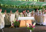Šv. Mišių koncelebracijai vadovauja Vilkaviškio vyskupas Rimantas Norvila (centre) / Vido Venslovaičio nuotr.